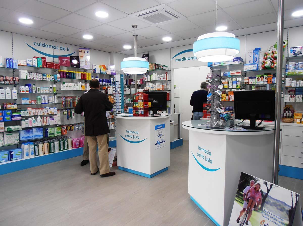 interior farmacia reformada