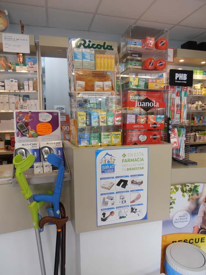 interior farmacia santa justa